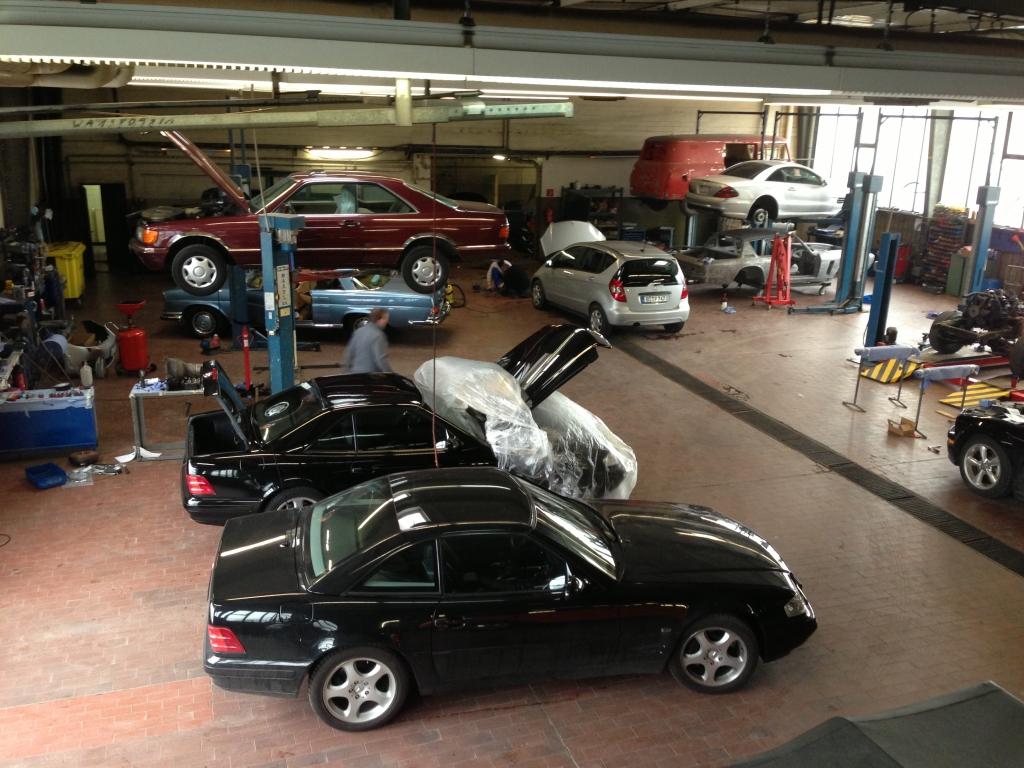 Mercedes aller Generationen