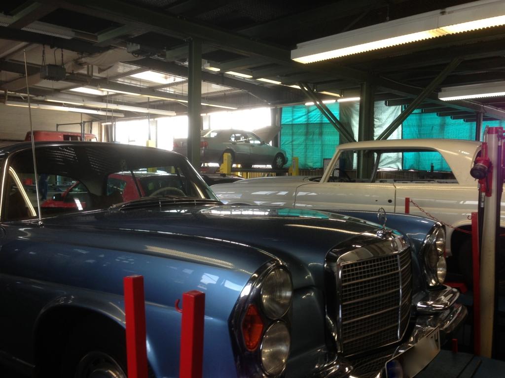 Mercedes-Benz Fahrzeuge Karosseriebau Berlin - Unfallschaden Beseitigung, Oldtimer Restaurationen