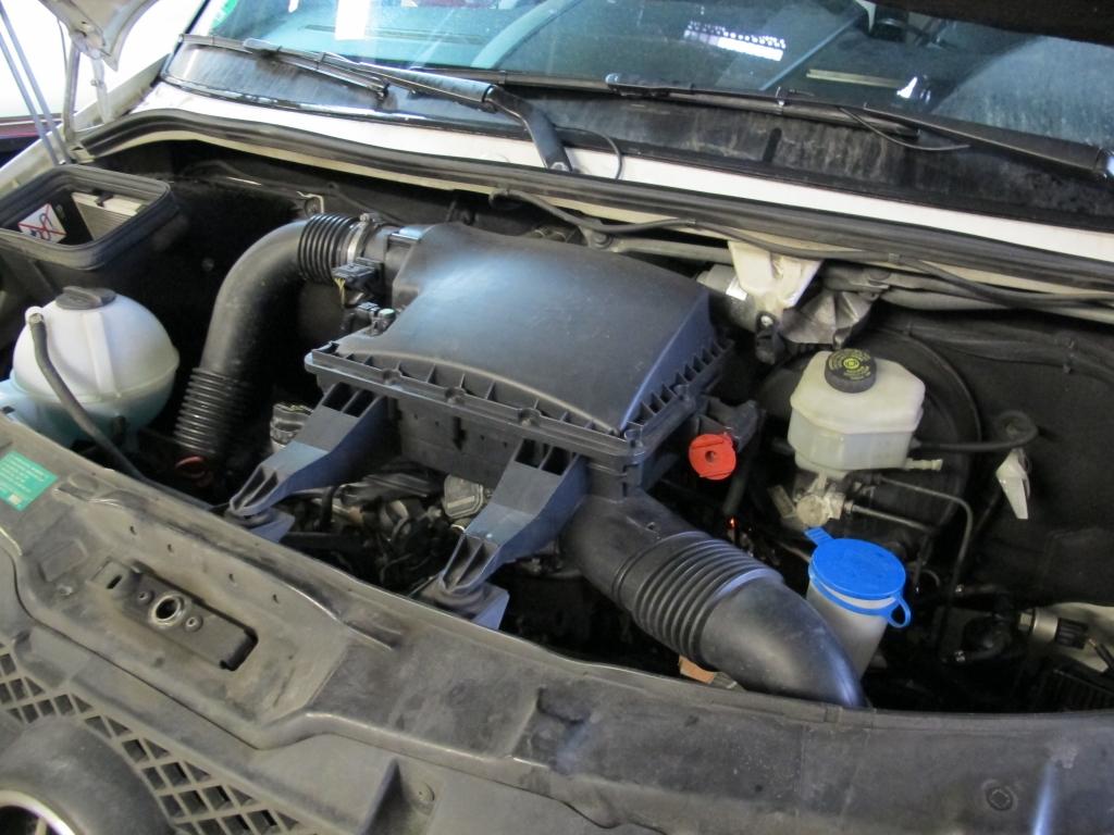 Mercedes Sprinter Fahrzeuge Motor Überholung und Zylinderkopfdichtung